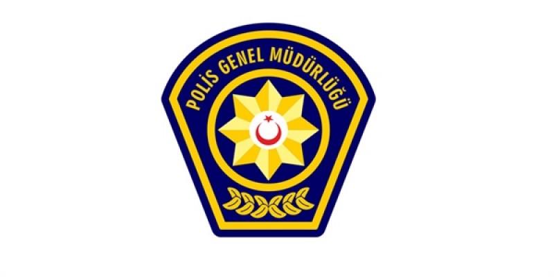 Polis aracına çarparak kaçan sürücü uyuşturucudan tutuklandı