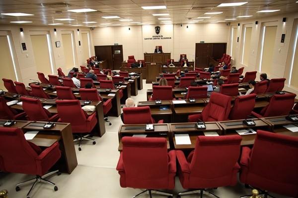 Genel Kurulun gündeminde 4 yasa önerisi, 4 de yasa tasarısı var