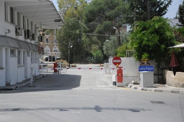 Güney Kıbrıs 8 geçiş kapısını açtı