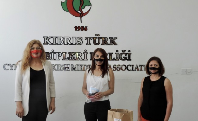 İşitme engellilerin iletişimi için şeffaf maske üretildi