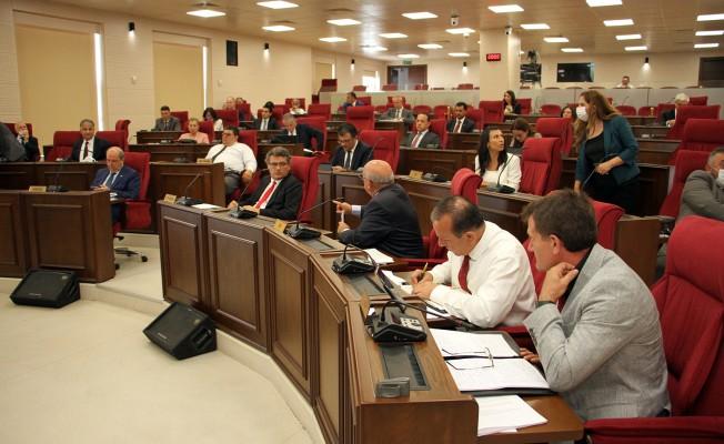 Meclis yoğun gündemle toplandı