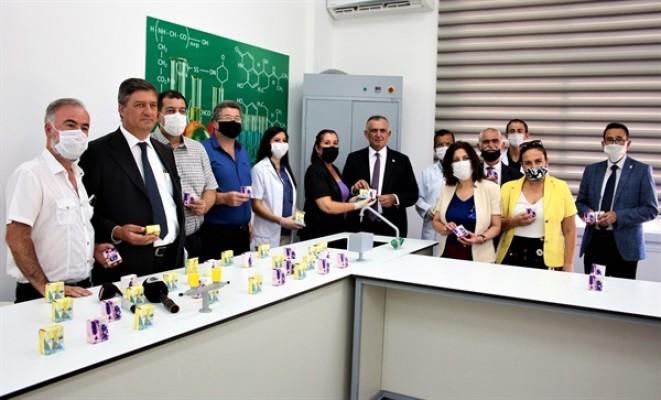 Çavuşoğlu, BEAL öğretmenlerinin ürettiği sabun tanıtım etkinliğine katıldı