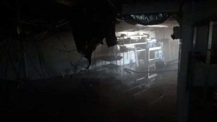 Cratos Otel'in deposunda korkutan yangın