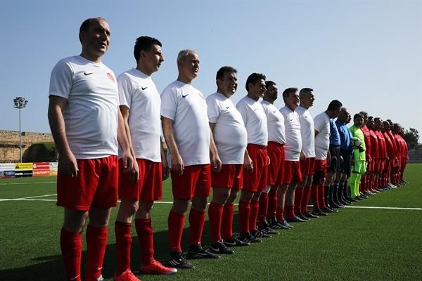 Meclis Futbol Takımı ile KKTC Master Takımı karşı karşıya geliyor