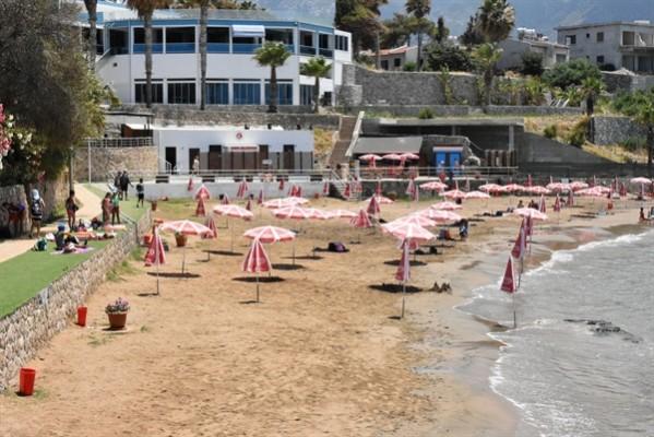 Girne Belediyesi - Kervansaray ve Karaoğlanoğlu plajları temiz