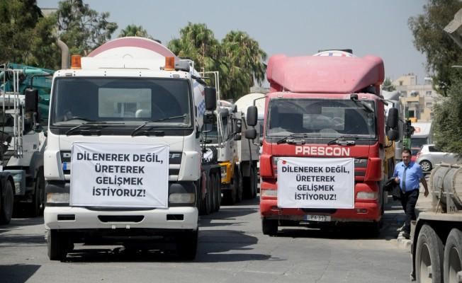Müteahhitler Birliği'nin araçlı eylemi devam ediyor