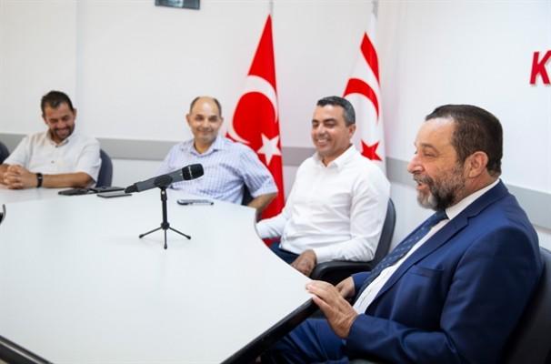 Denktaş: Kıbrıs Türkü'nün özgüvenini arttıracağız
