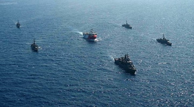 Reuters: Yunan ve Türk savaş gemileri arasında 'küçük bir kaza'