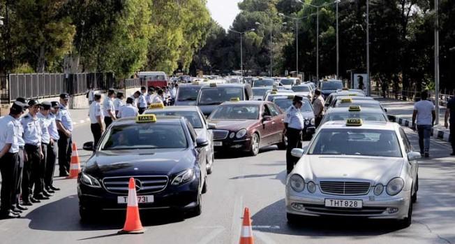 Taksiciler korsana karşı eylem yapacak!
