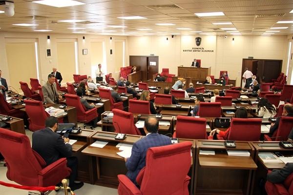 Cumhuriyet Meclisi yarın olağanüstü toplanıyor