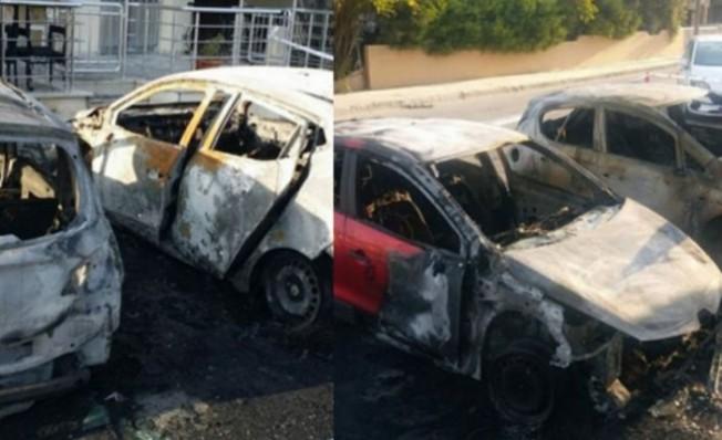 Gazimağusa'da iki araç kül oldu