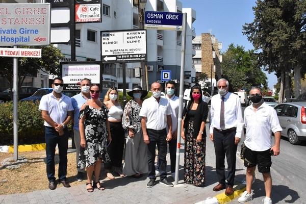 Girne'de iki caddenin isimleri değiştirildi