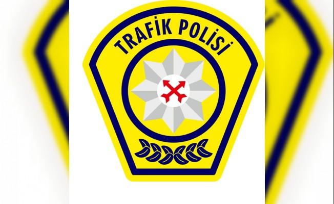 Lefkoşa'dan Girne yönüne akan trafik kontrollü veriliyor