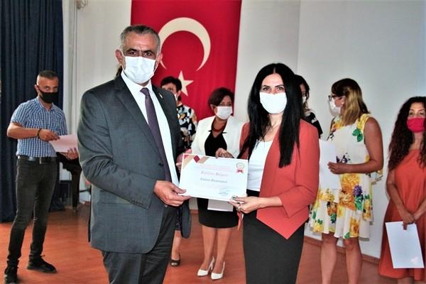 Pandemide görev alan gönüllü öğretmenlere sertifika!