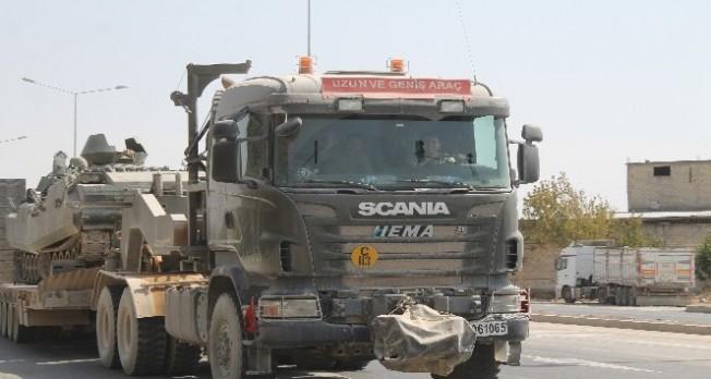 Tanklar, Suriye sınırından Yunanistan sınırına kaydırılıyor