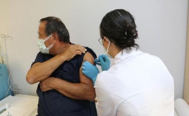 Türkiye'de ilk Koronavirüs aşısı yapıldı!