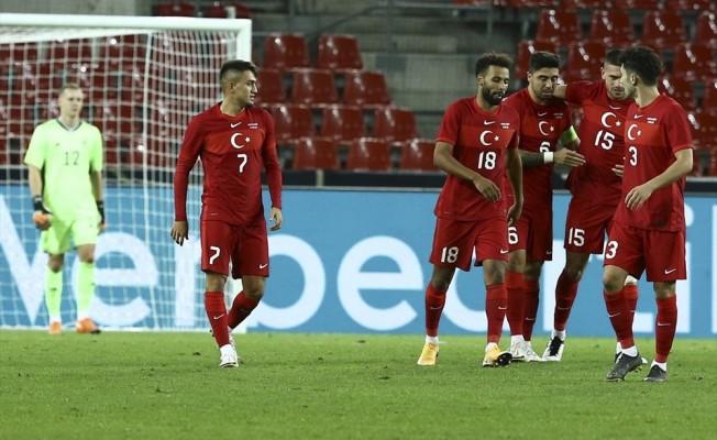 Almanya-Türkiye maçında gol düellosu