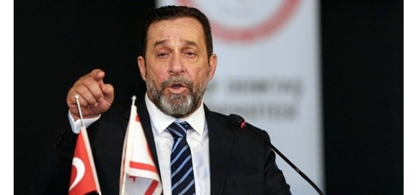 Denktaş: Tatar Kıbrıs sorununa hakim değil