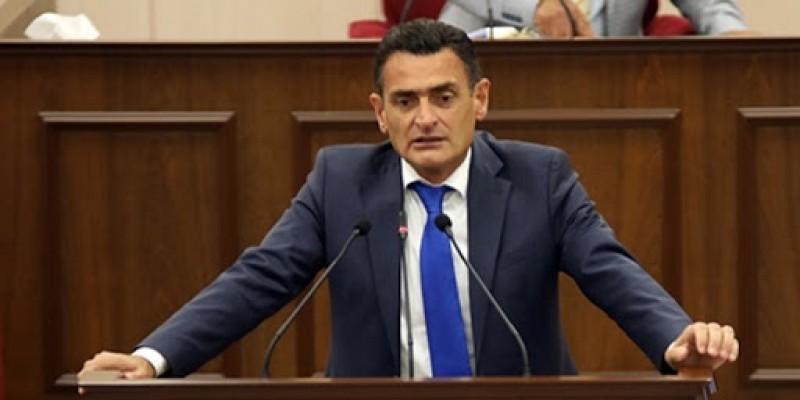 Dursun Oğuz UBP Genel Başkan adayı olduğunu resmen açıkladı