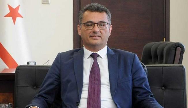Erhürman'dan Akıncı'ya teşekkür, Tatar'a başarı dileği