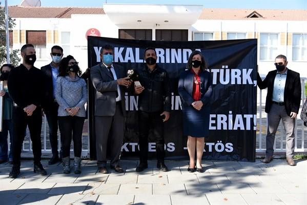 """""""24 Kasım öğretmenler gününü protesto ettiler"""""""