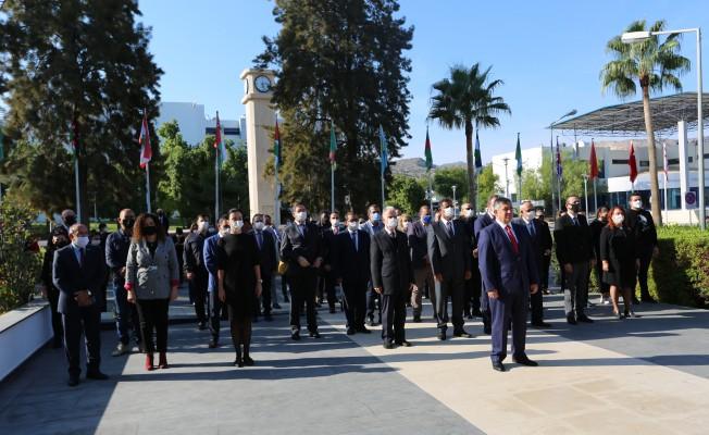 Atatürk, LAÜ'de Anıldı