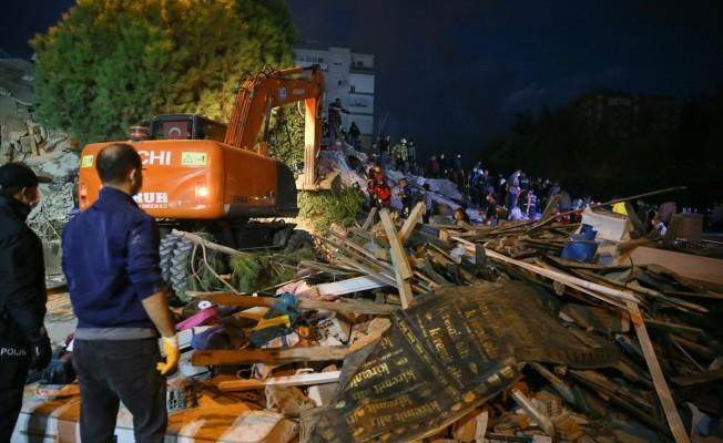 İzmir'deki depremde can kaybı 83 oldu...