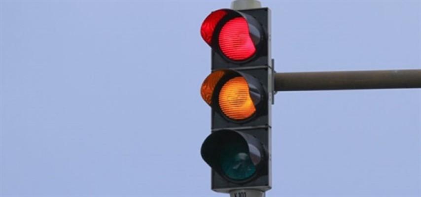 Lefkoşa'da elektrik kesintisi trafik lambalarını devre dışı bıraktı