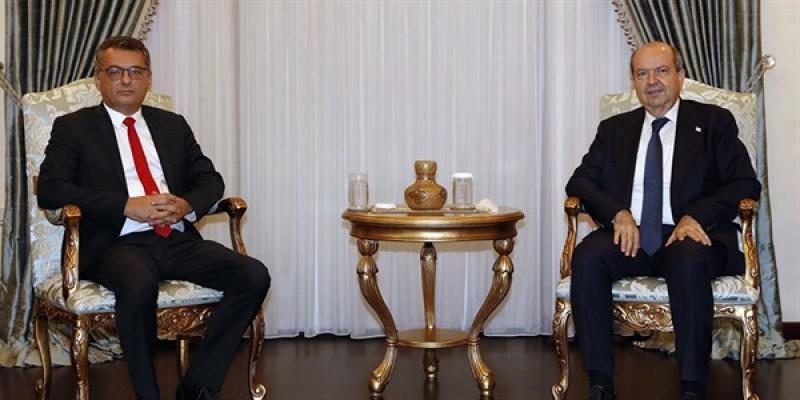 Tatar hükümet kurma görevini Erhürman'a verdi!