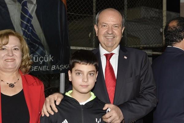 Tatar, İrsen Küçük turnuvası ödül törenine katıldı