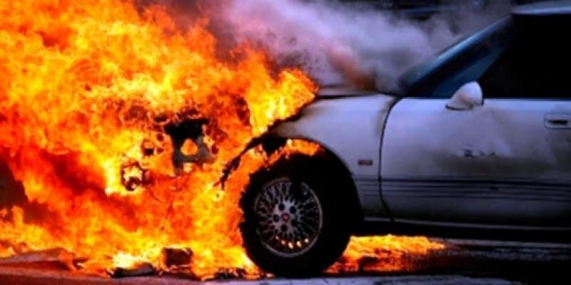 Dipkarpaz'da araç yangını