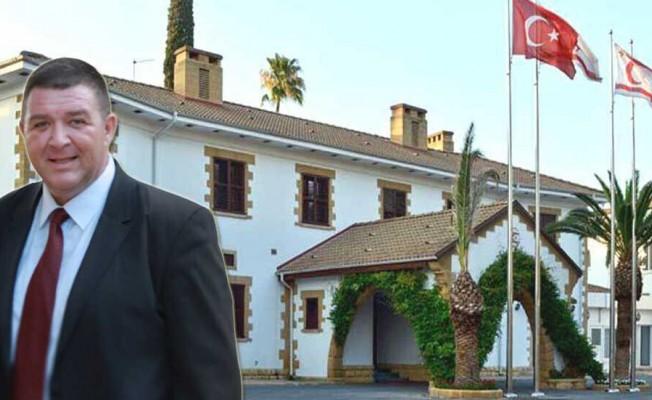 İncirli: Ersin Tatar'a zarar gelmesin diye görevi bıraktım