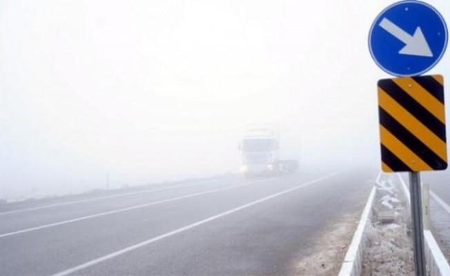 Karpaz'daki yağışlar trafiği olumsuz etkiliyor