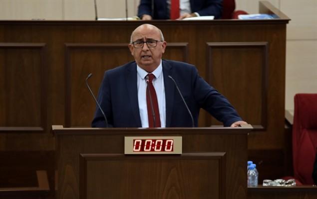 Meclis'te nisap düştü, toplantı yarına ertelendi