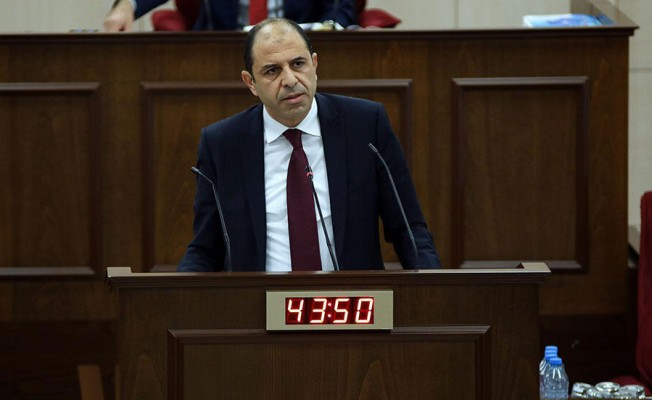 Özersay: 3 Vekilin istifası siyasette kara lekedir!