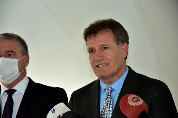 Tatar DP ve YDP başkanlarını kabul etti