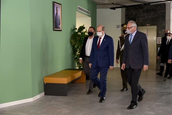 Tatar Girne Belediyesi'ni ziyaret etti...