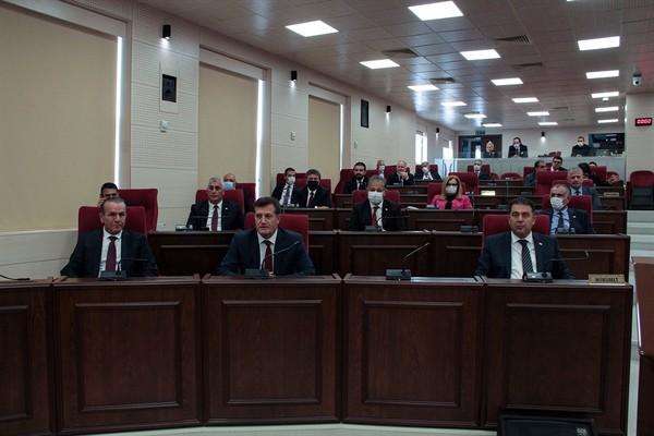 Yeni kabine Meclis Genel Kurulu'na sunuldu