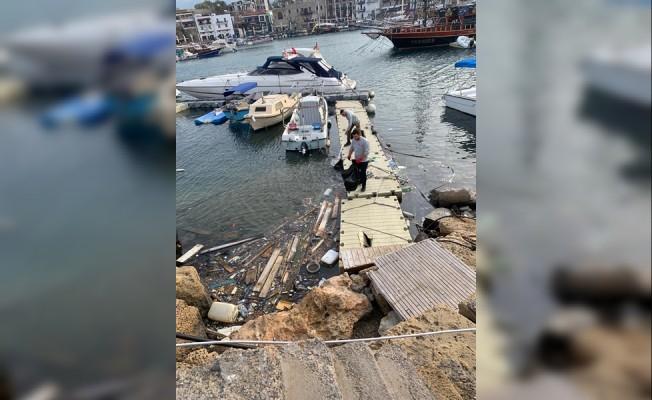 Girne Antik Liman bölgesi temizleniyor...