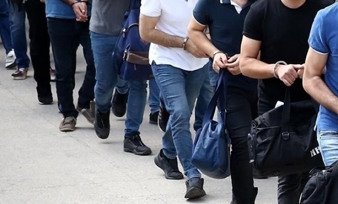 İzmir ve KKTC'de FETÖ operasyonları