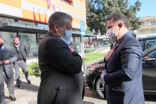 Saner, Gazimağusa'da ilçe emniyet kurulu toplantısına katıldı