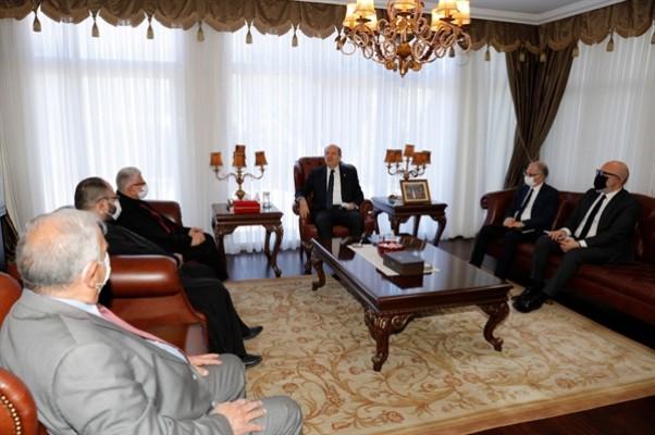 Cumhurbaşkanı Tatar, Maronit din adamlarıyla görüştü