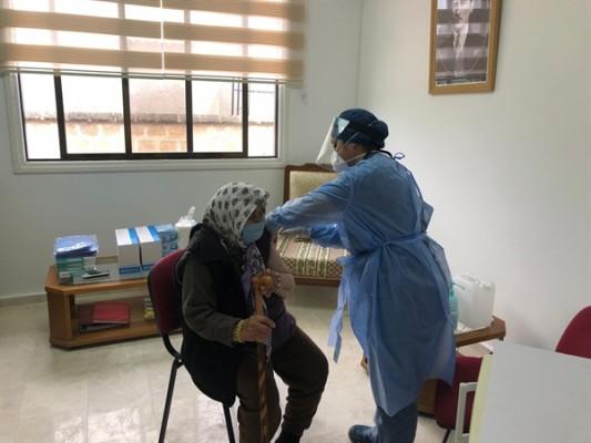 Güzelyurt'ta aşılar AKM'de yapılmaya başlandı