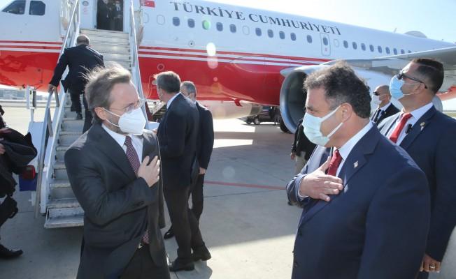 """""""Kıbrıs'ta iki devletli çözüm için tüm gayretimizle çalışacağız"""""""