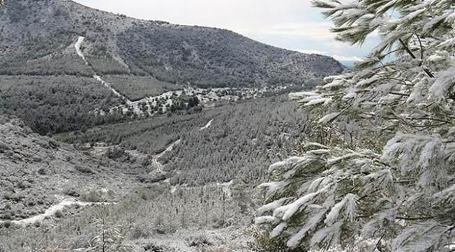 Yarın  dağlık kesimlerde karla karışık yağmur ve kar bekleniyor