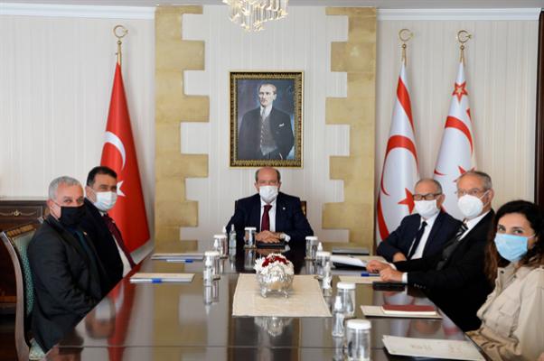 Cumhurbaşkanı Tatar, Başbakan Saner ile görüştü...