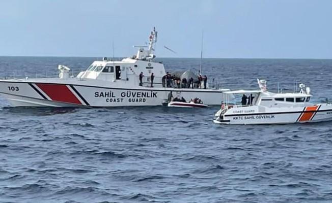 Koruçam burnu açıklarında 21 göçmen bulundu