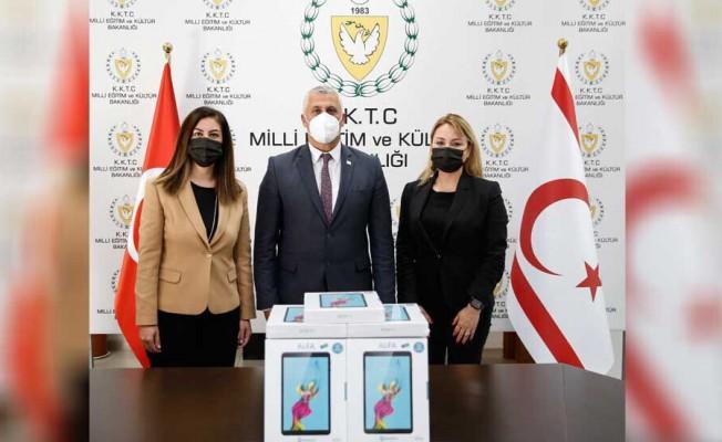 Kuzey Kıbrıs Turkcell çalışanlarından eğitime destek!