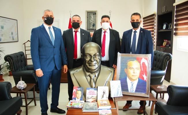 Antalya'daki kütüphanede KKTC Köşesi de bulunacak