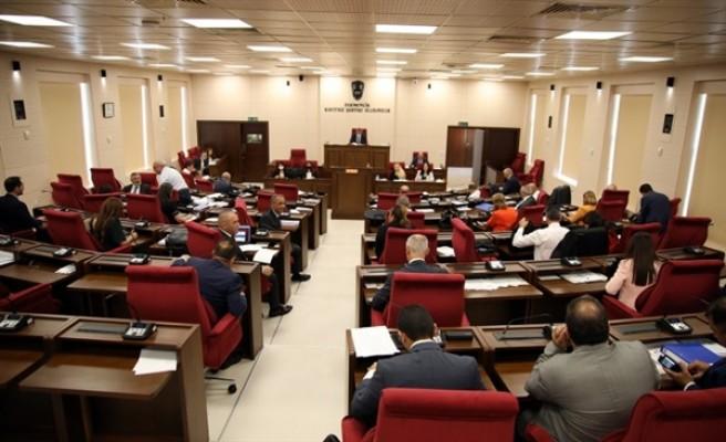 Meclis Pazartesi olağanüstü toplanacak